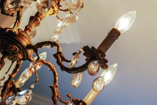 L's u/s b/r chandelier